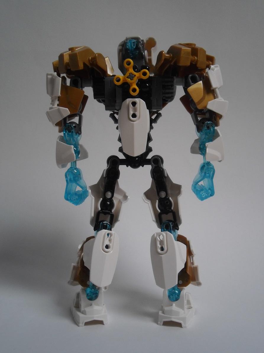 [Revue] LEGO Bionicle 70788 : Kopaka, Maitre de la Glace Pb110092