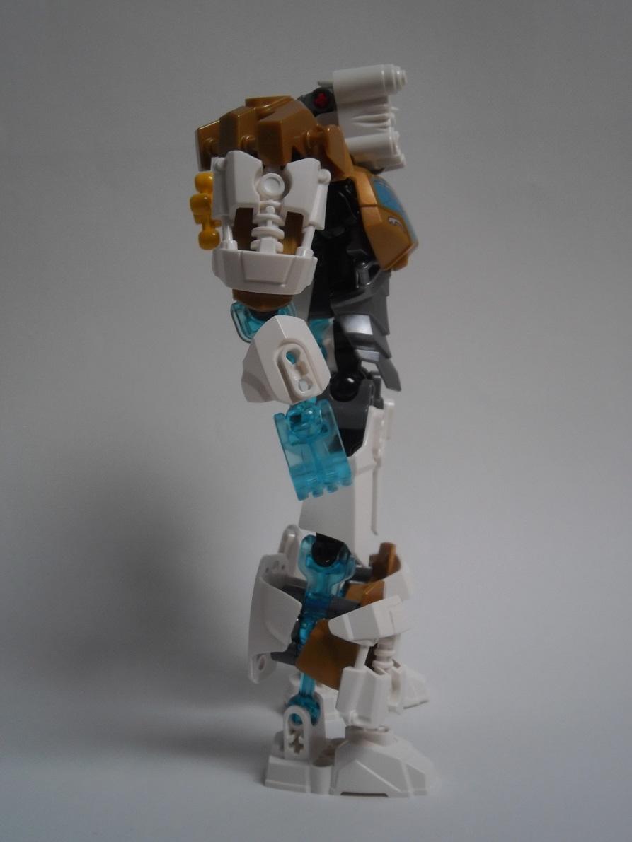 [Revue] LEGO Bionicle 70788 : Kopaka, Maitre de la Glace Pb110093