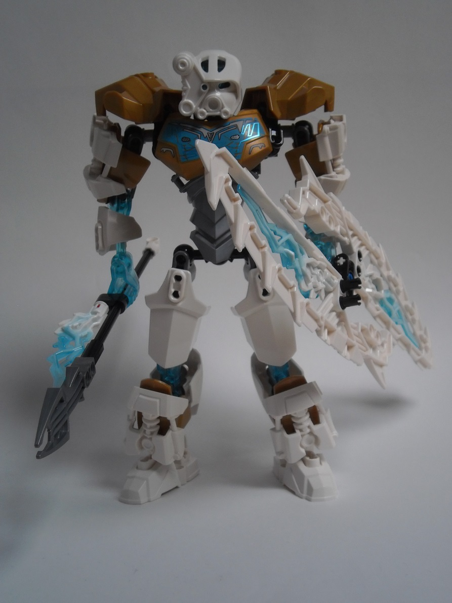 [Revue] LEGO Bionicle 70788 : Kopaka, Maitre de la Glace Pb110097