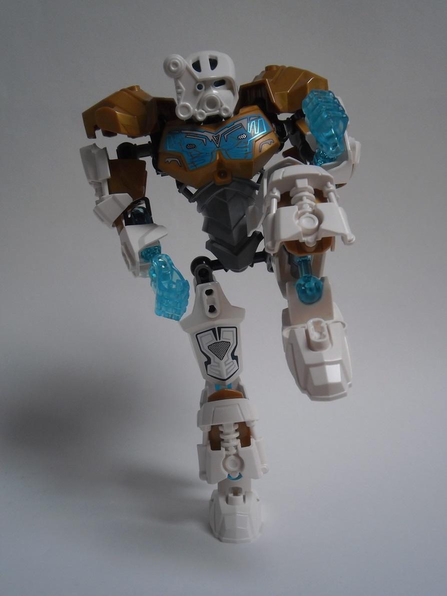 [Revue] LEGO Bionicle 70788 : Kopaka, Maitre de la Glace Pb110105