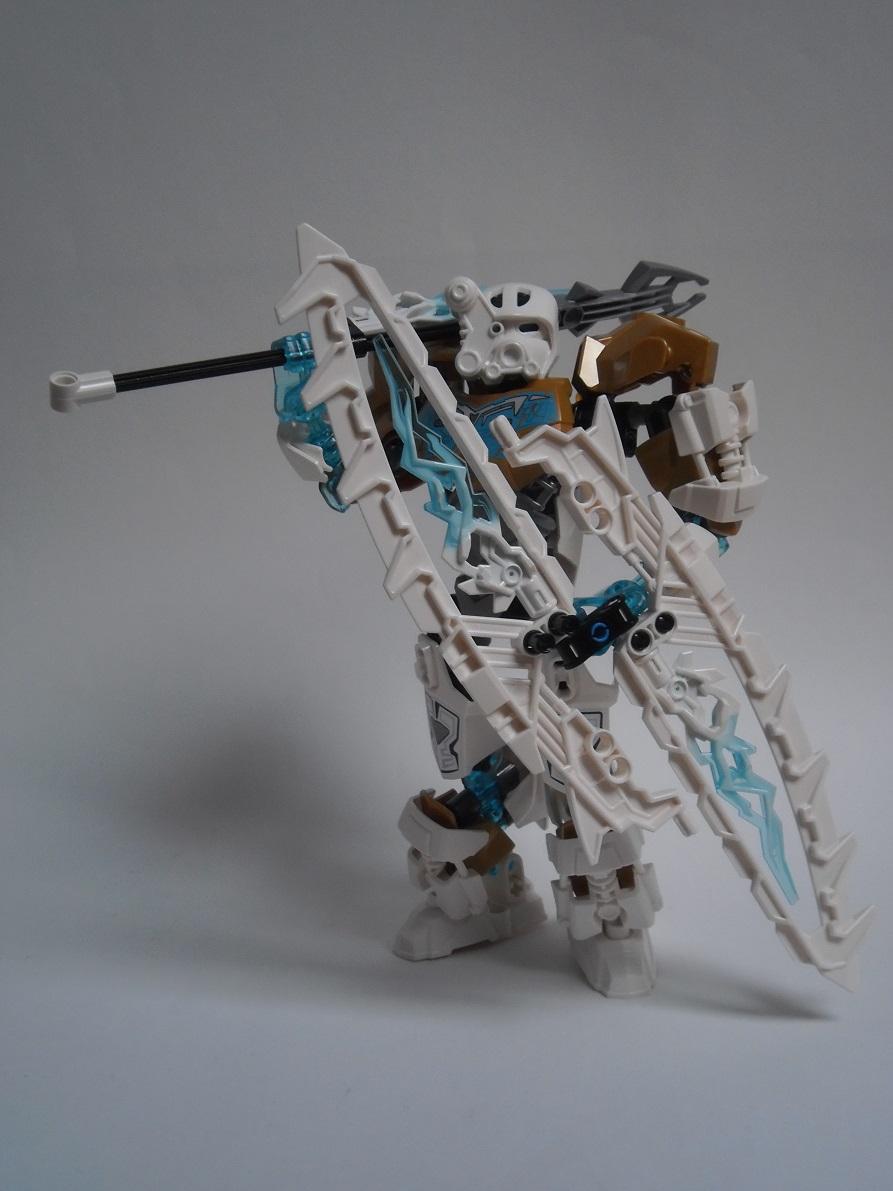 [Revue] LEGO Bionicle 70788 : Kopaka, Maitre de la Glace Pb110112