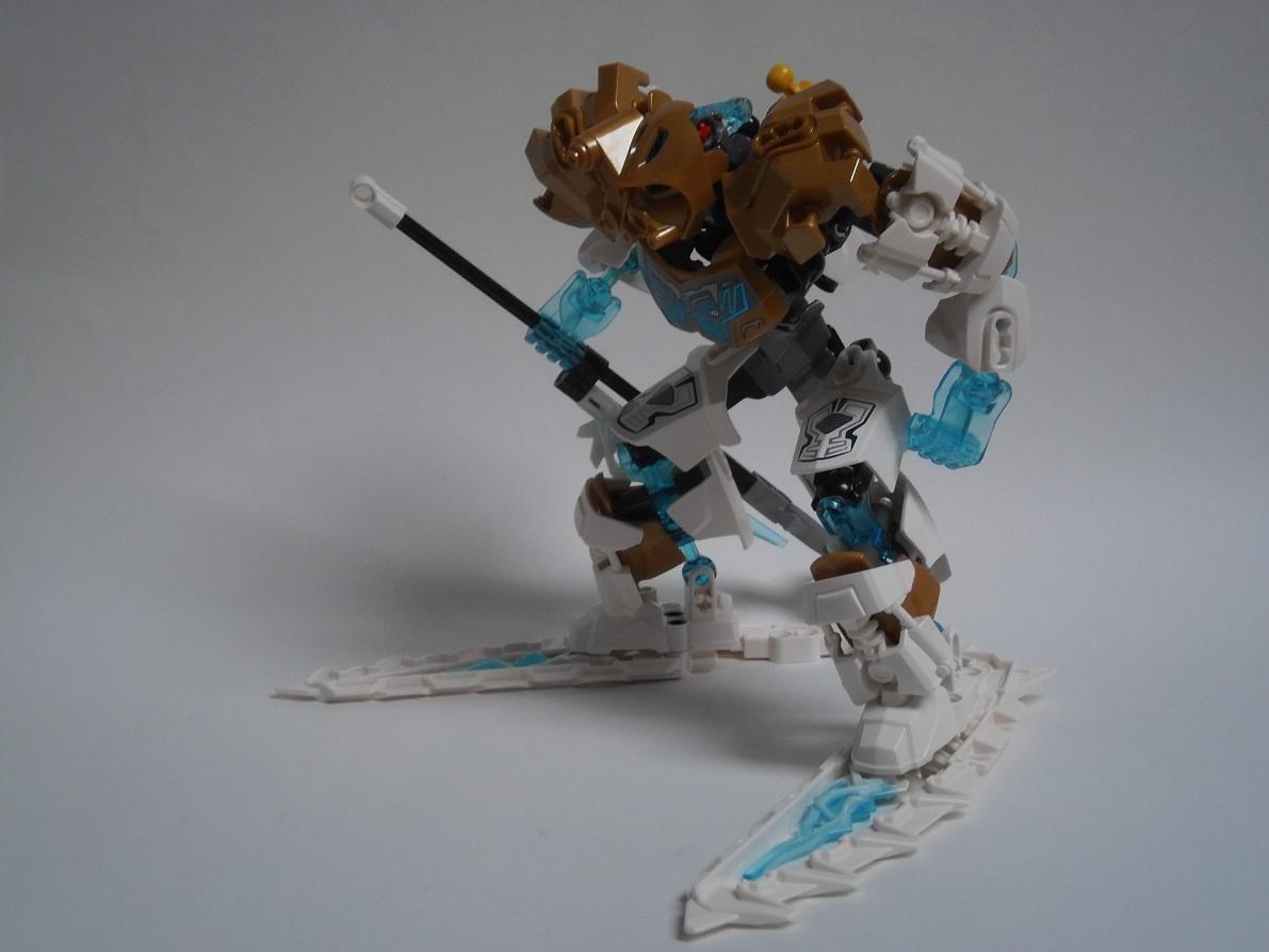 [Revue] LEGO Bionicle 70788 : Kopaka, Maitre de la Glace Pb110121