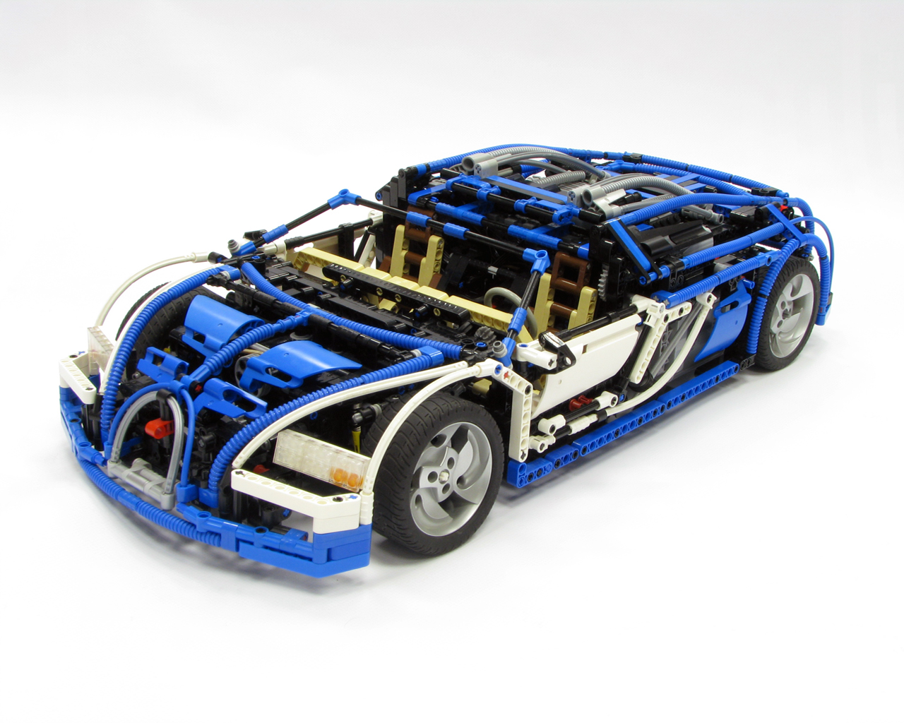 brickshelf gallery bugatti veyron. Black Bedroom Furniture Sets. Home Design Ideas