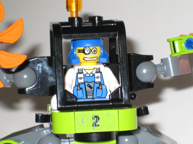 Review: 8957 Mine Mech Picture_025