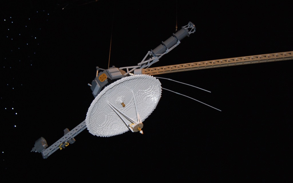 voyager-space-probe.jpg