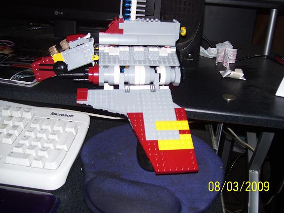 Review on set 8019 Republic attack shuttle 100_0966