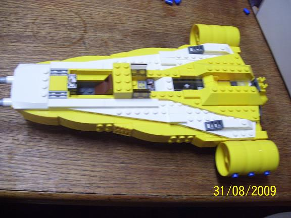 Review on set 8037 Anakin's y-wing. 100_1188