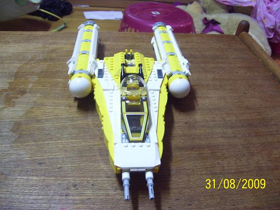 Review on set 8037 Anakin's y-wing. 100_1194