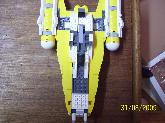 Review on set 8037 Anakin's y-wing. 100_1202