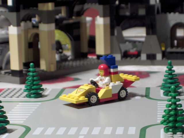 f1_1975_tea_pot_car.jpg