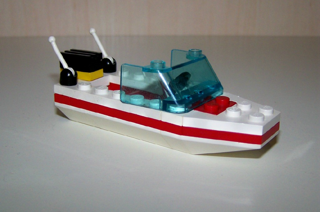1632_speed_boat__1990_r..jpg