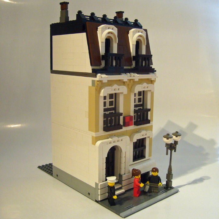 house-tan_t-brick_06.jpg