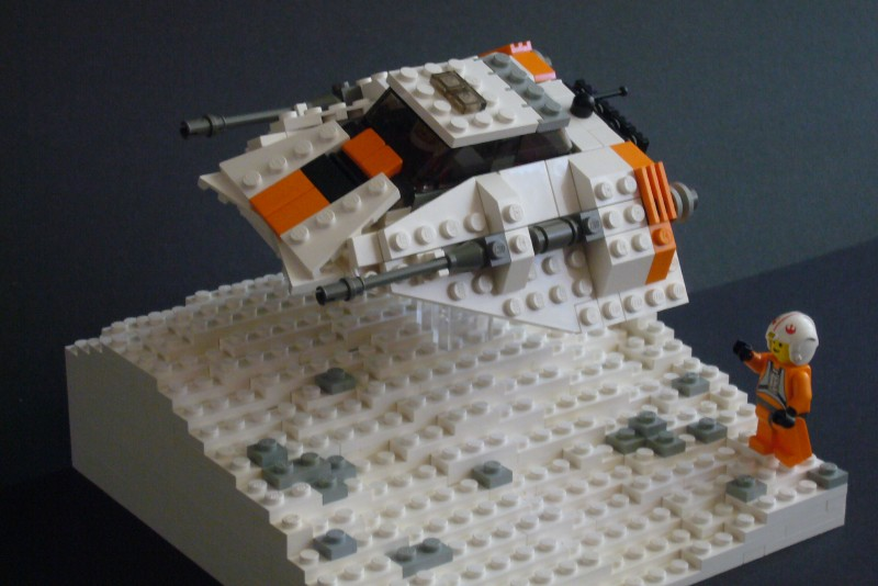 snow-speeder_t-brick_01.jpg
