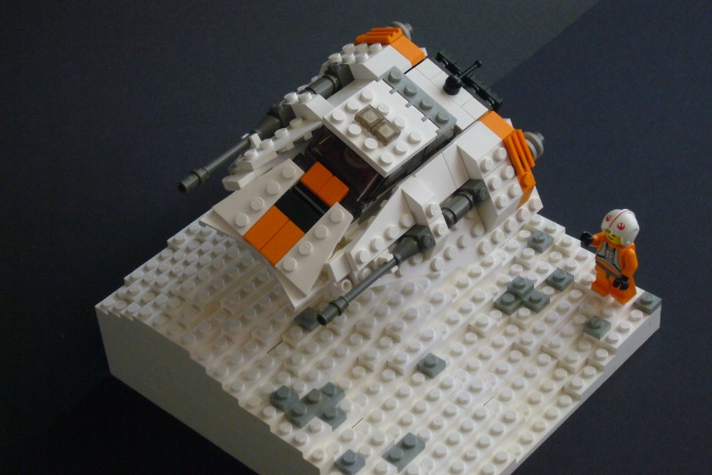 snow-speeder_t-brick_04.jpg
