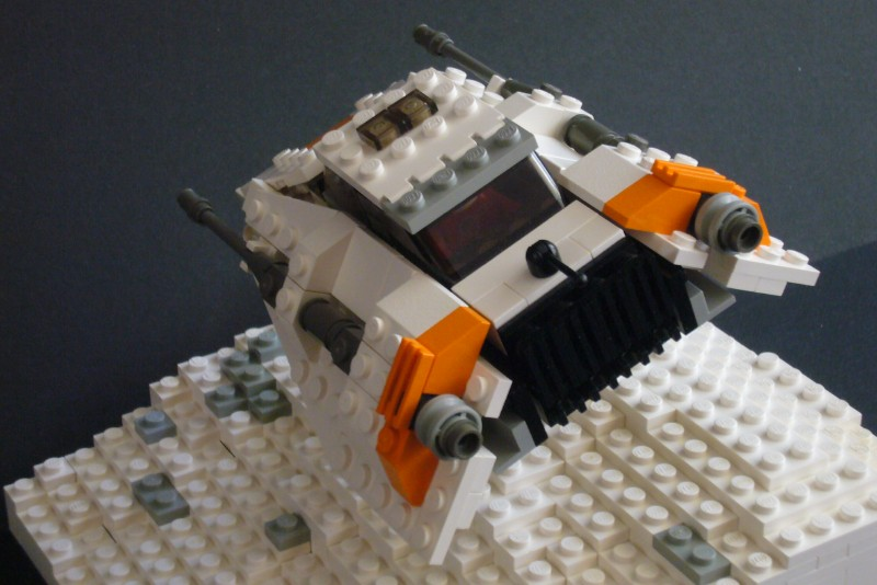 snow-speeder_t-brick_07.jpg