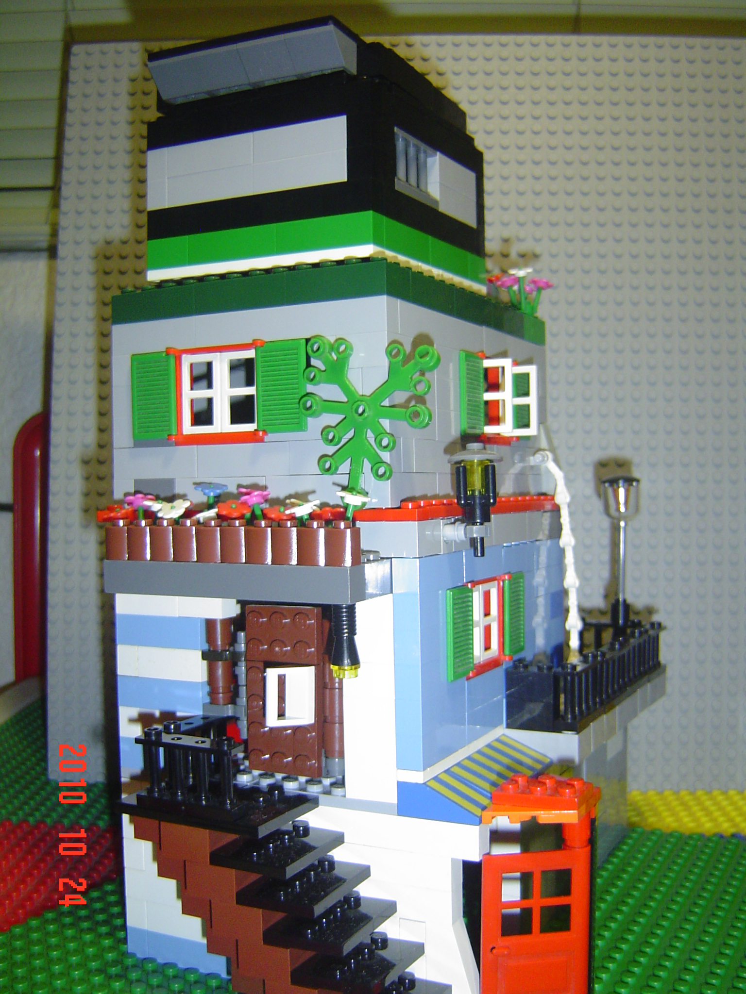 lego_city_home_002.jpg