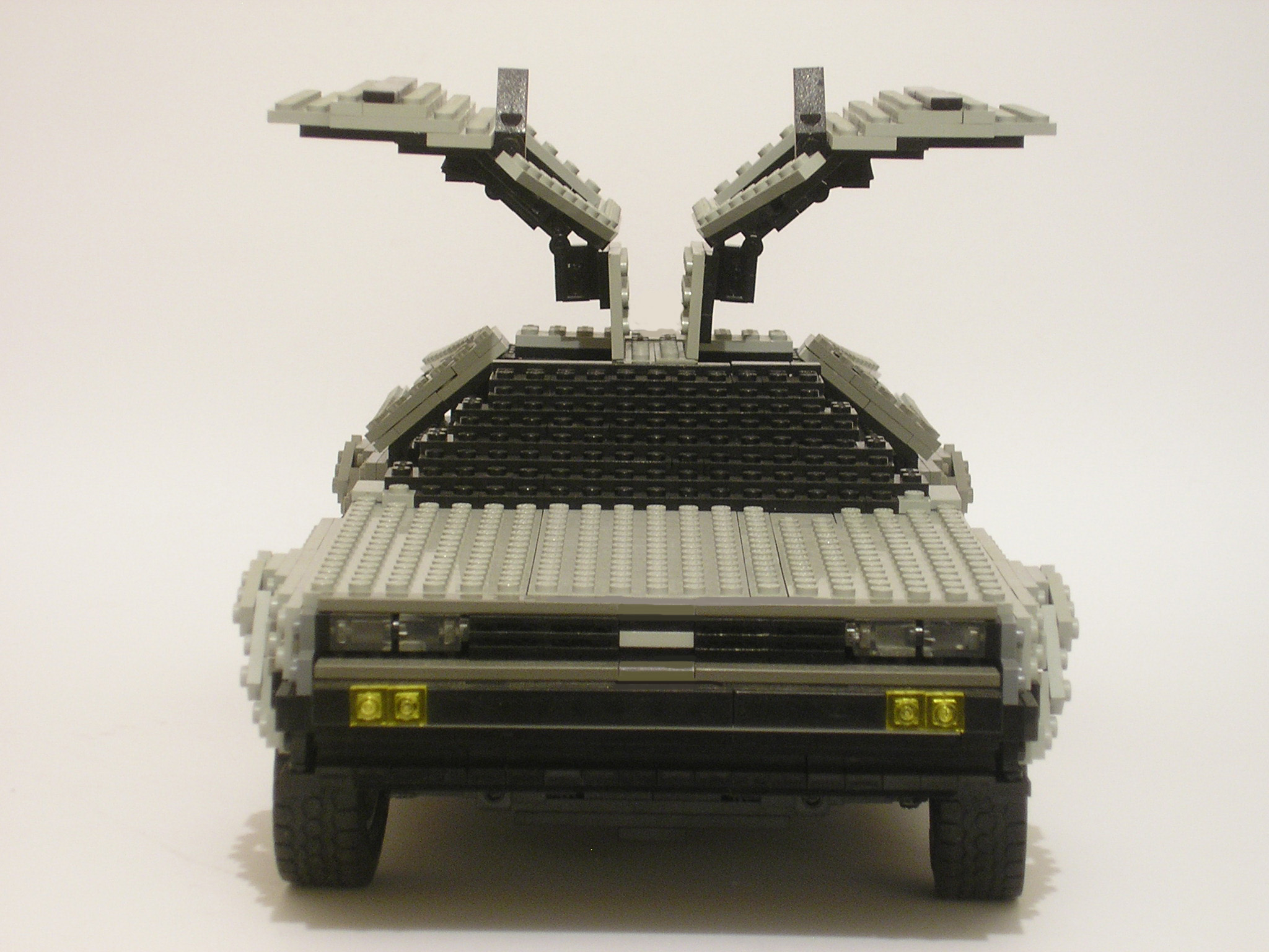 delorean01.jpg