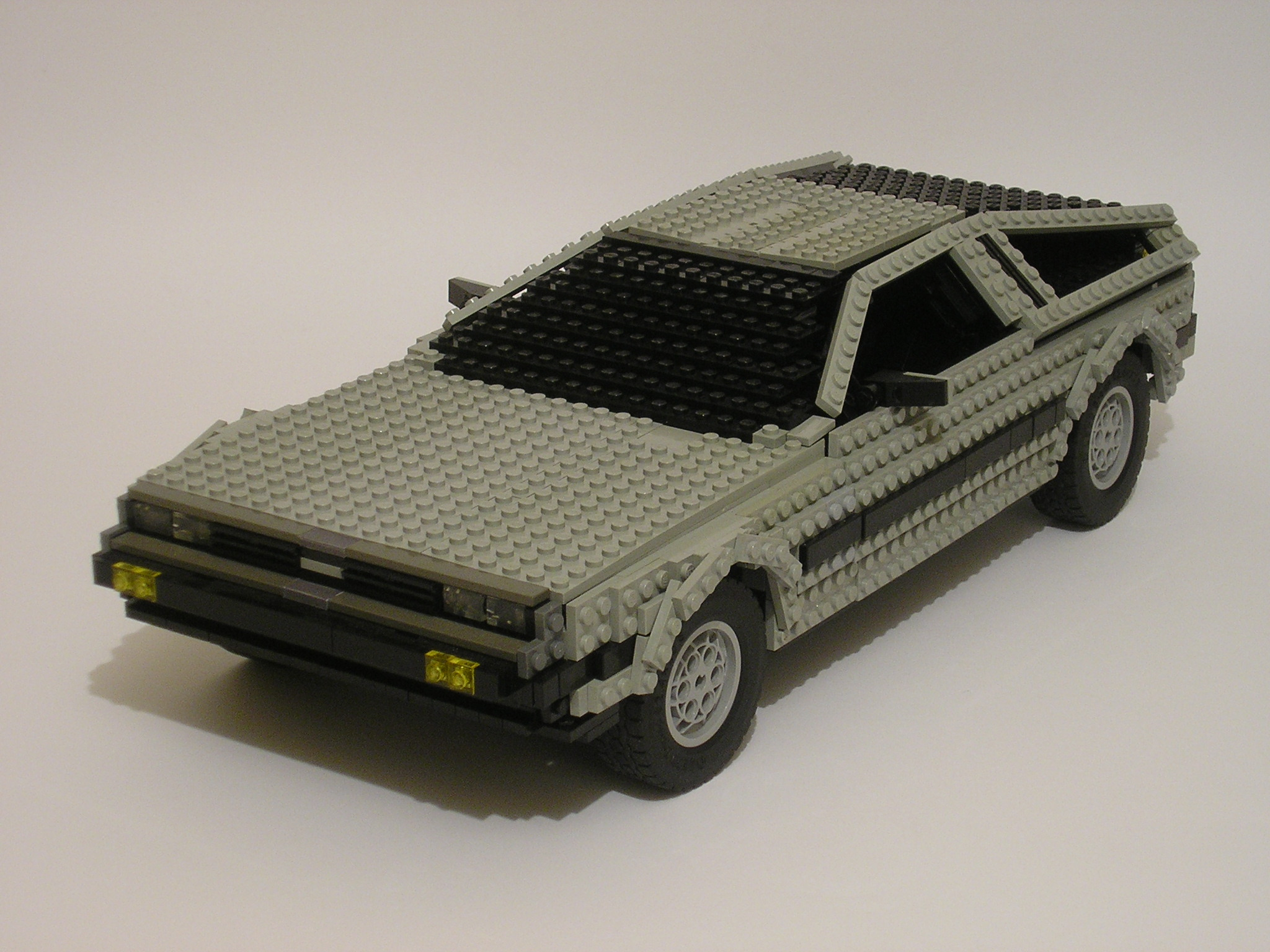 delorean02.jpg
