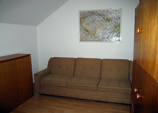 00-room.jpg