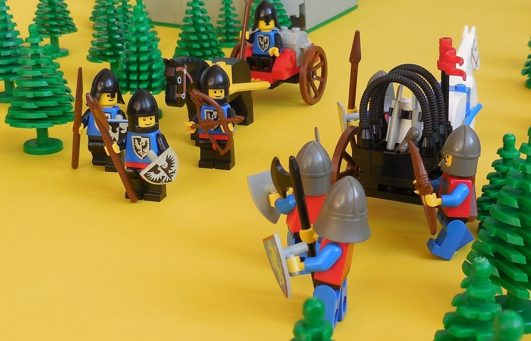 Forum Miłośników Klocków Lego View Topic 6102 Castle Mini Figures