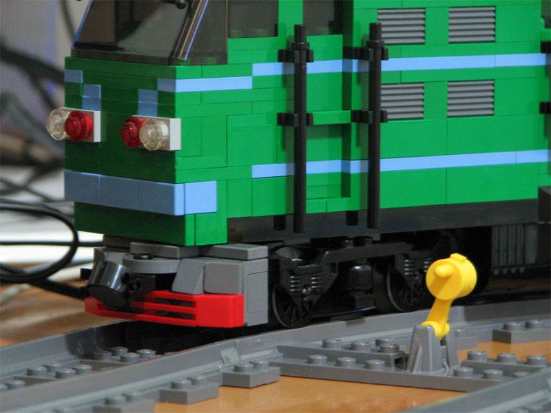 东风4b型 内燃机车及绿色yz22车厢 (注意: 多图)  东风4b型 内燃机车