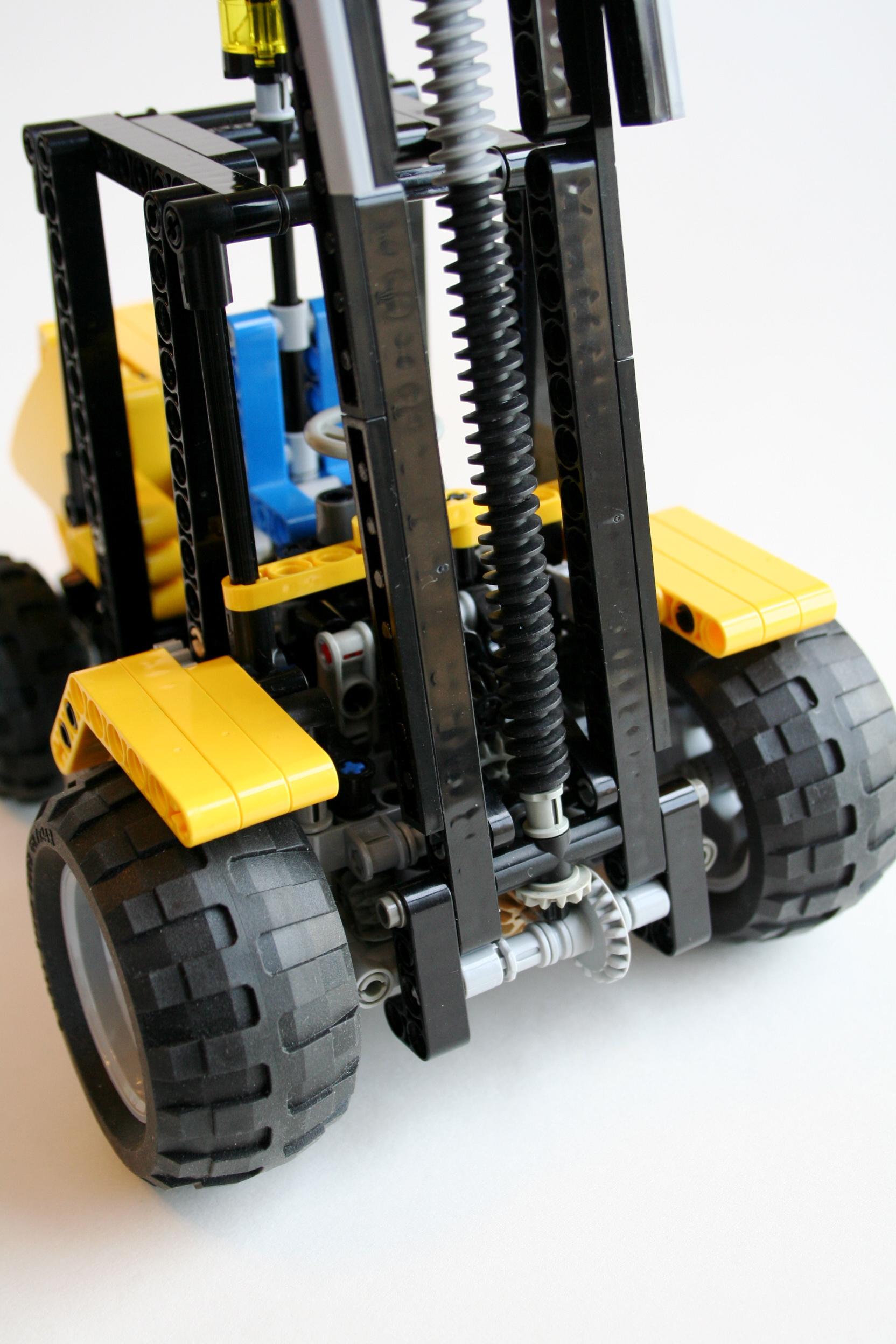 2 Point Lift Chain : Forklift thirdwigg