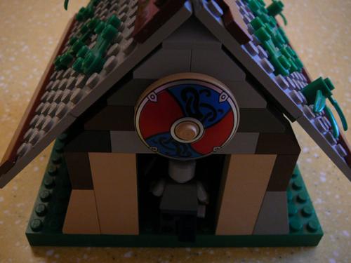 viking_house_3.jpg