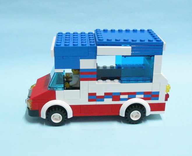 mister-softee-car-03.jpg