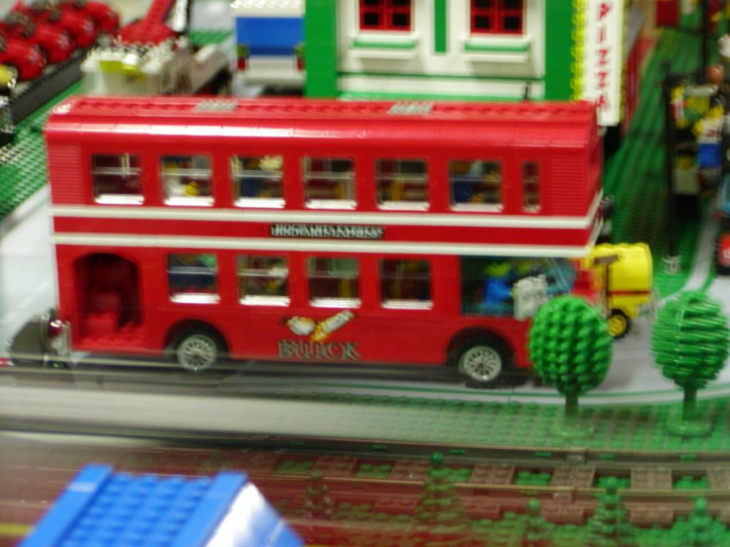 double_decker_bus1.jpg