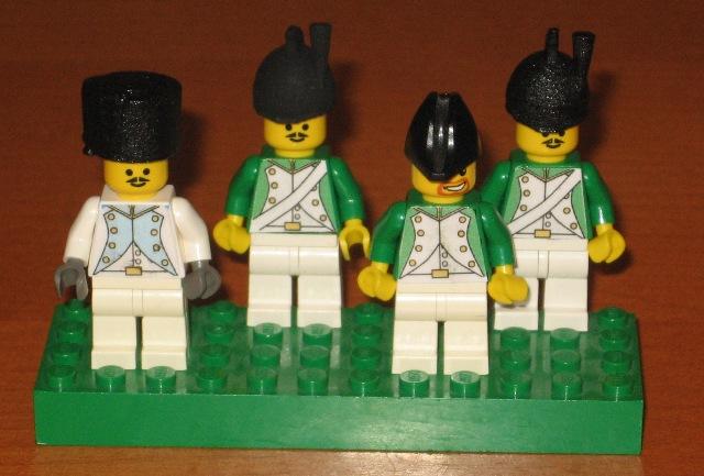 http://www.brickshelf.com/gallery/woody64/New/Napoleonic/5thMold/dragoons.jpg