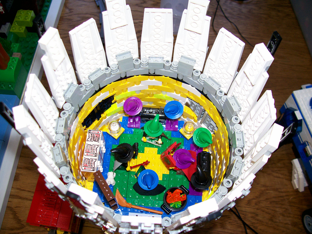 11wilson_family_castle_round_tower_inside.jpg