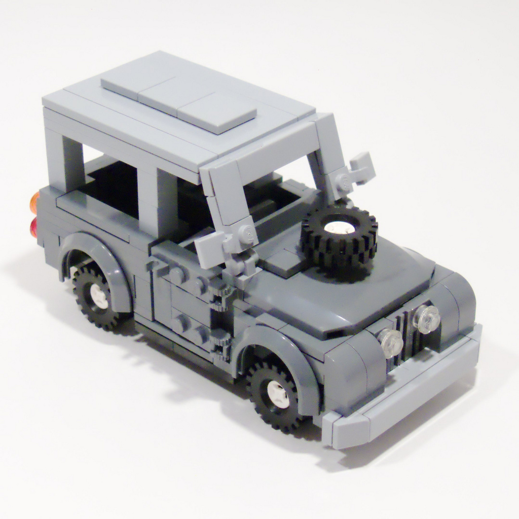 3_land_rover_top_right_front.jpg
