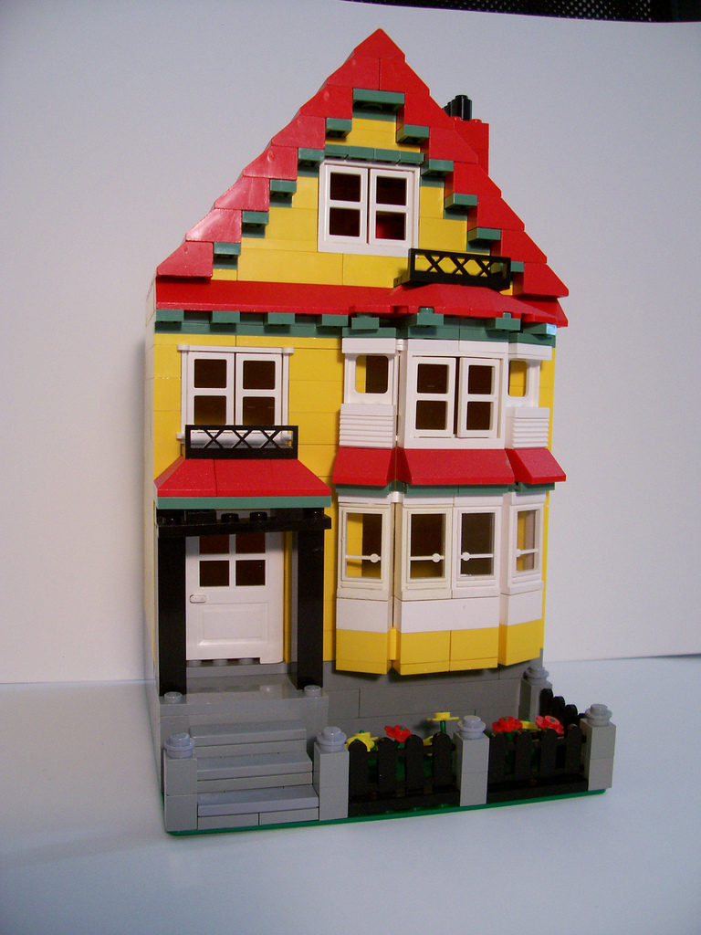 08_bay_window_house.jpg