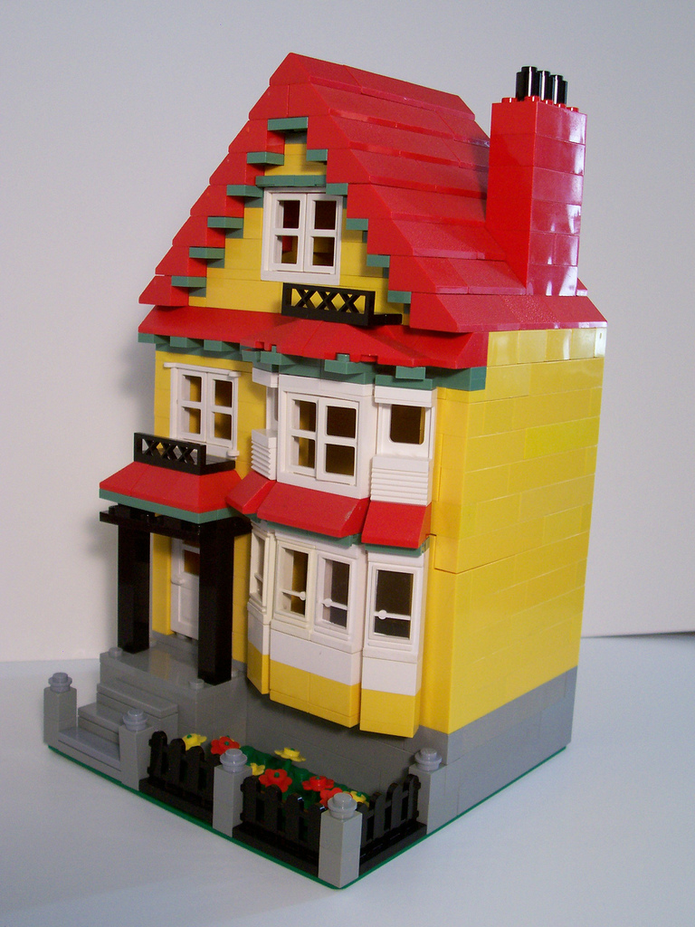 09_bay_window_house_oblique_right.jpg