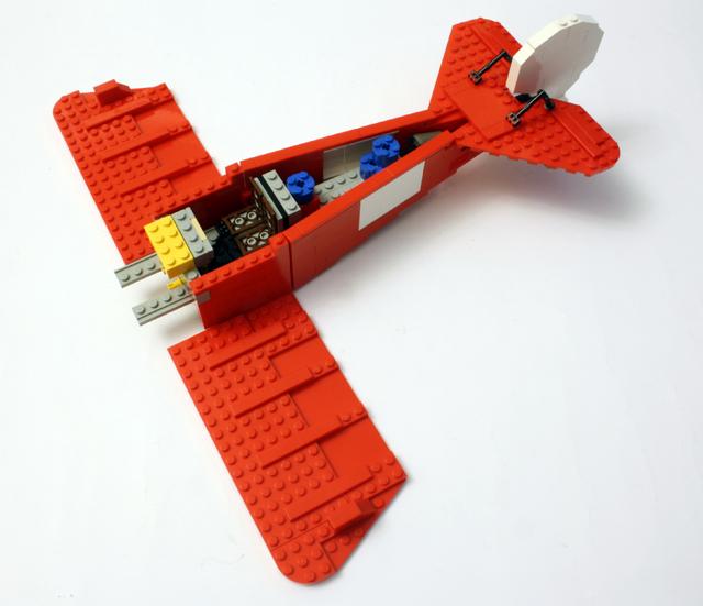 10024_build_tailbase_640.jpg