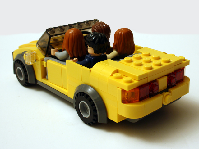 yellowcar_rearoblique_640.jpg