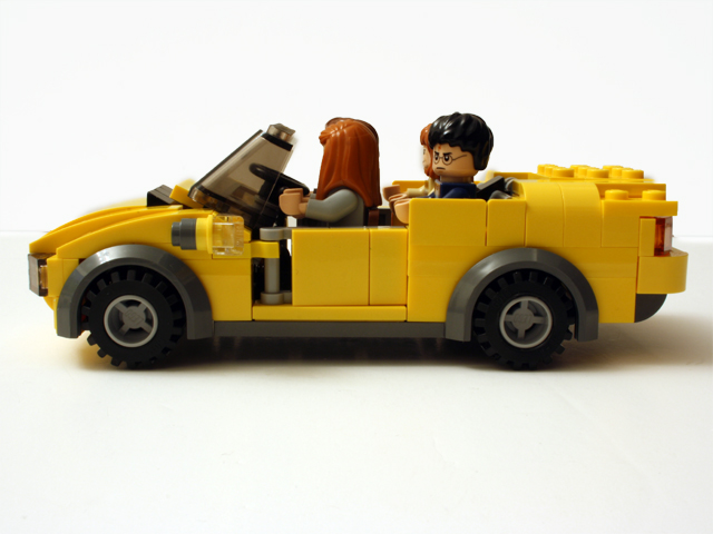 yellowcar_side_640.jpg