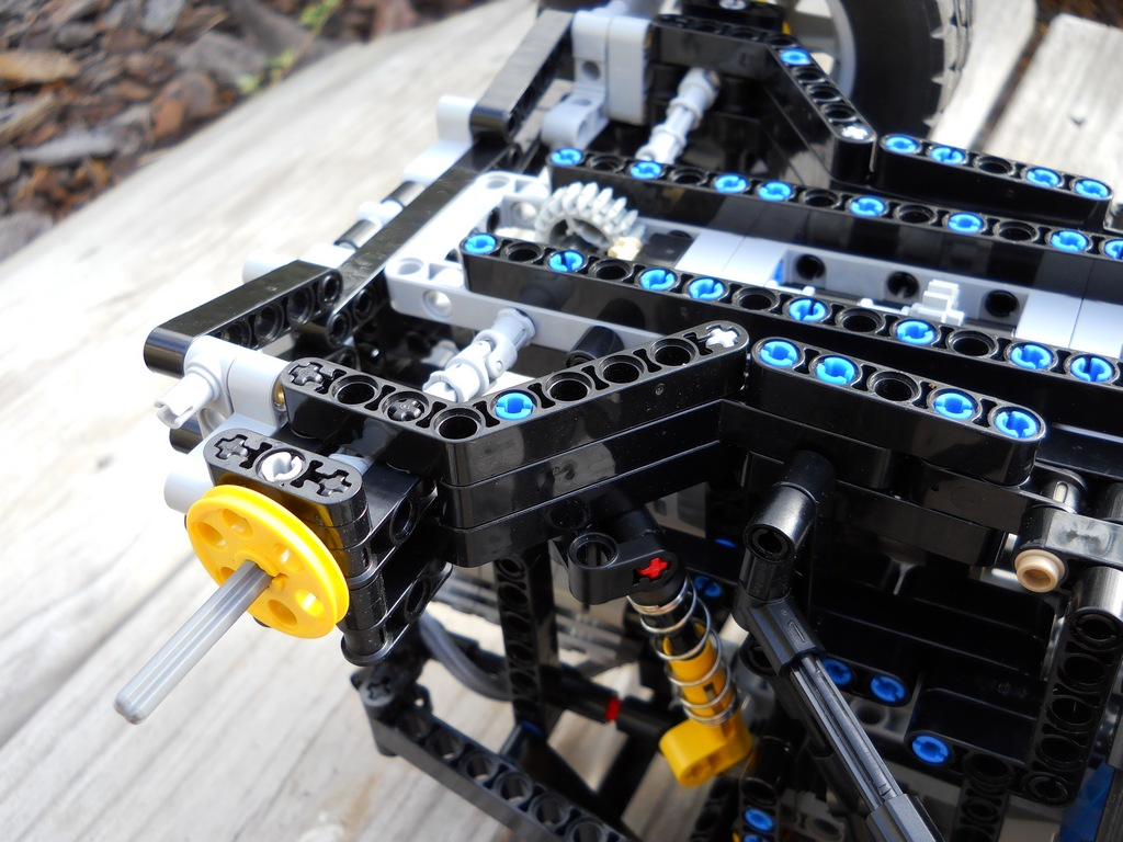 Two MOCs from the past - LEGO Technic and Model Team